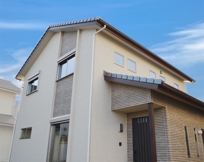 建物完成見学会 日差しと風を感じる心地よい静かな家
