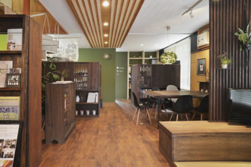 Cocowa homeのおしゃれな事務所で理想のマイホームを形に!