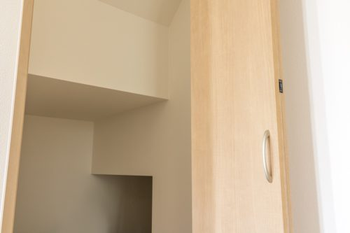 Cocowa homeが提案する!オススメ階段下収納3選